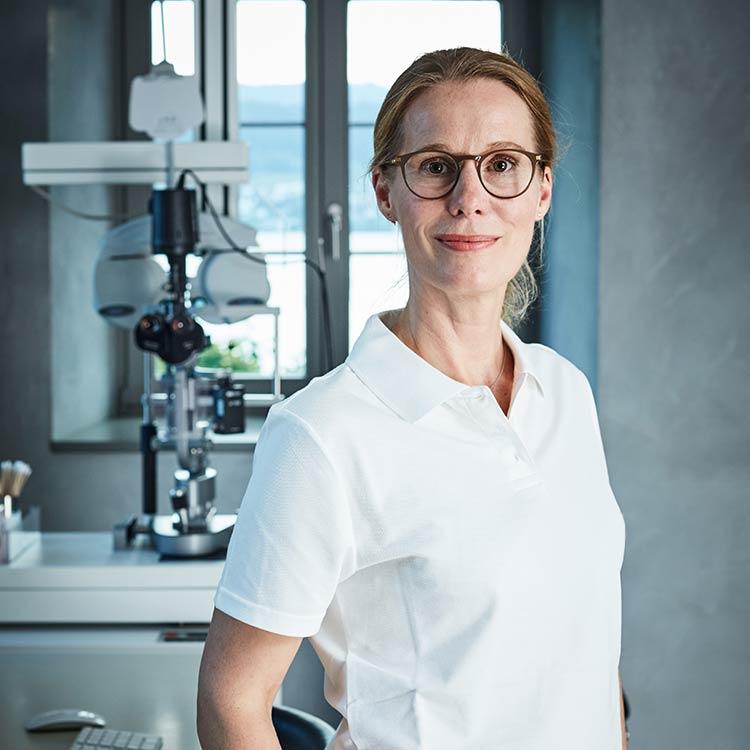 Augenklinik Zürich | Rike Michels Augenärztin