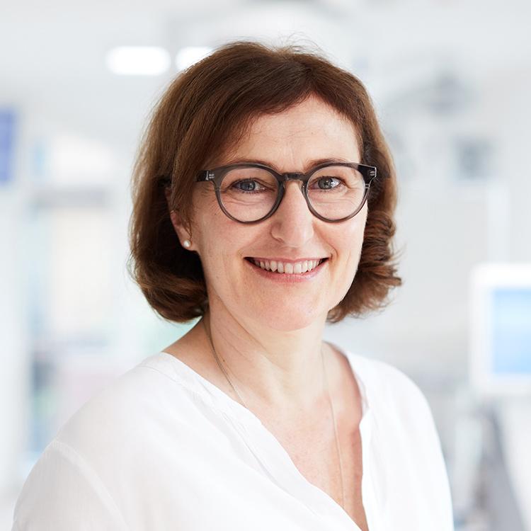 Angelika Röll